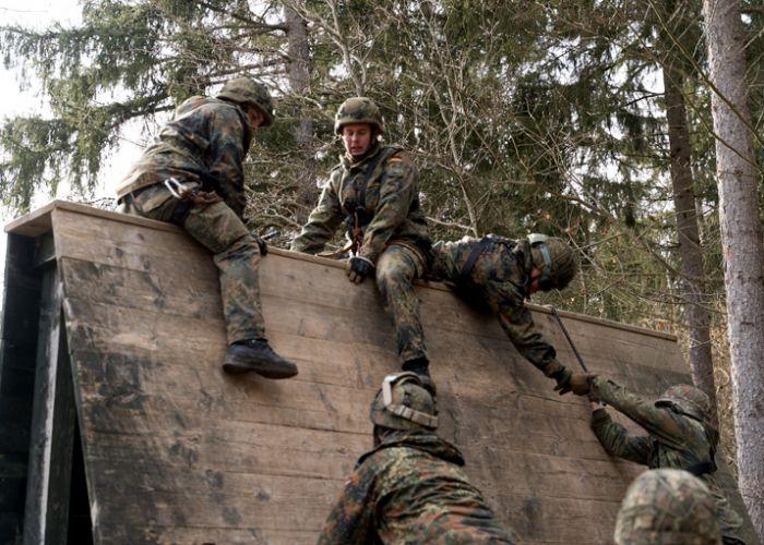 """""""Operation Schneesturm"""" - Gebirgsjäger üben für NATO-Auftrag"""