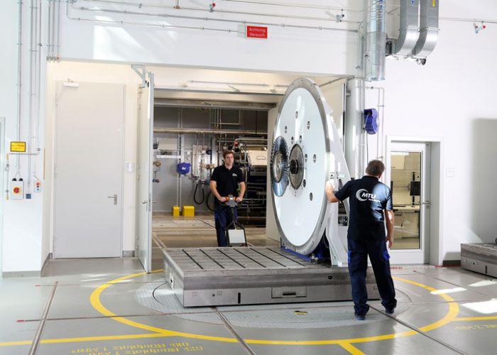 MTU eröffnet in München neues Hightech-Testzentrum für Triebwerksbauteile