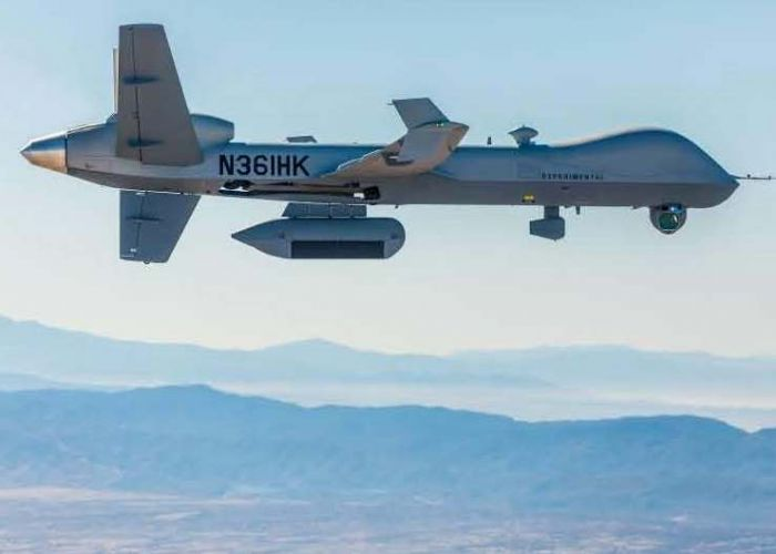 Raytheon Deutschland und GA Aeronautical weisen Funktionalität eines neuen, digitalen Radarsensors nach
